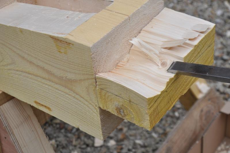 construction d'un abri en charpente - Page 5 02413