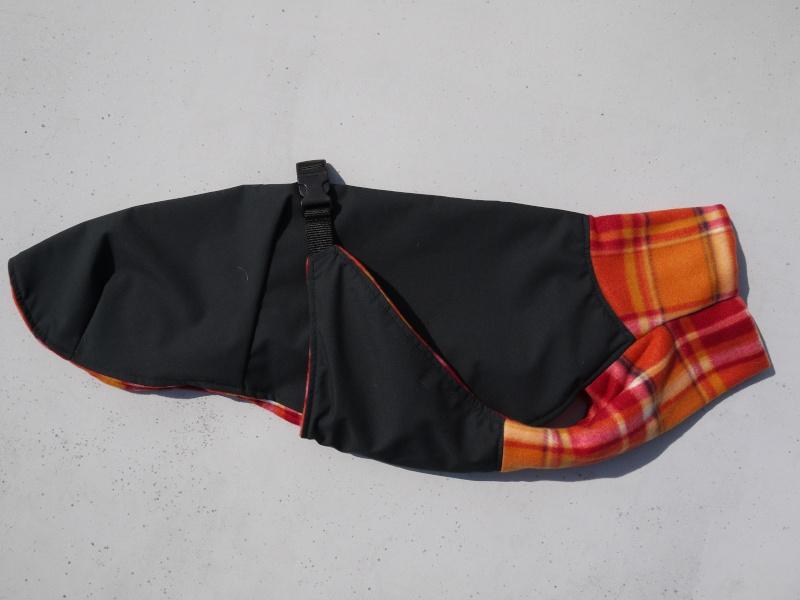 Manteau Coupe Sportive Taille 62cm DISPONIBLE P1110326