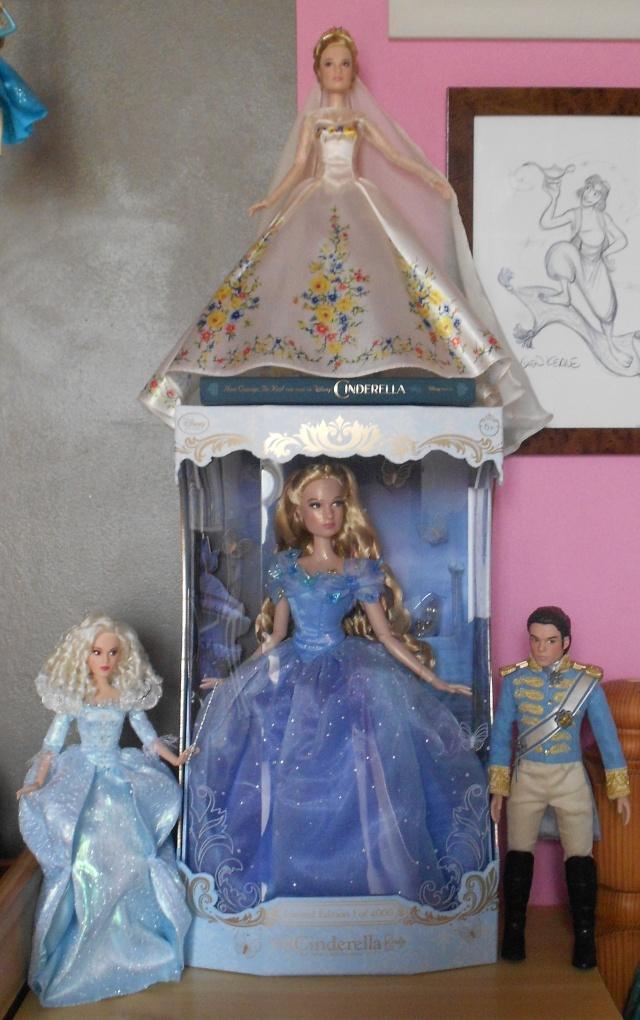 Disney Store Poupées Limited Edition 17'' (depuis 2009) - Page 38 Dscn7030