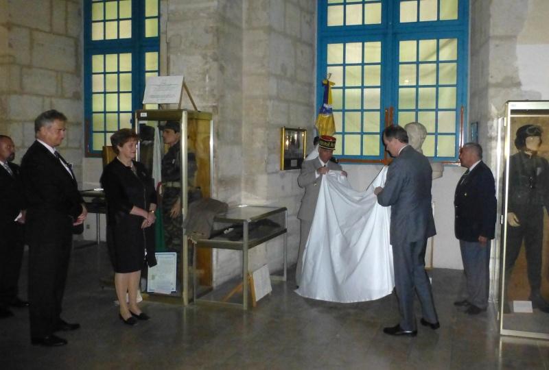 Le Mémorial accueille le Duc d'Orleans ! P1120513