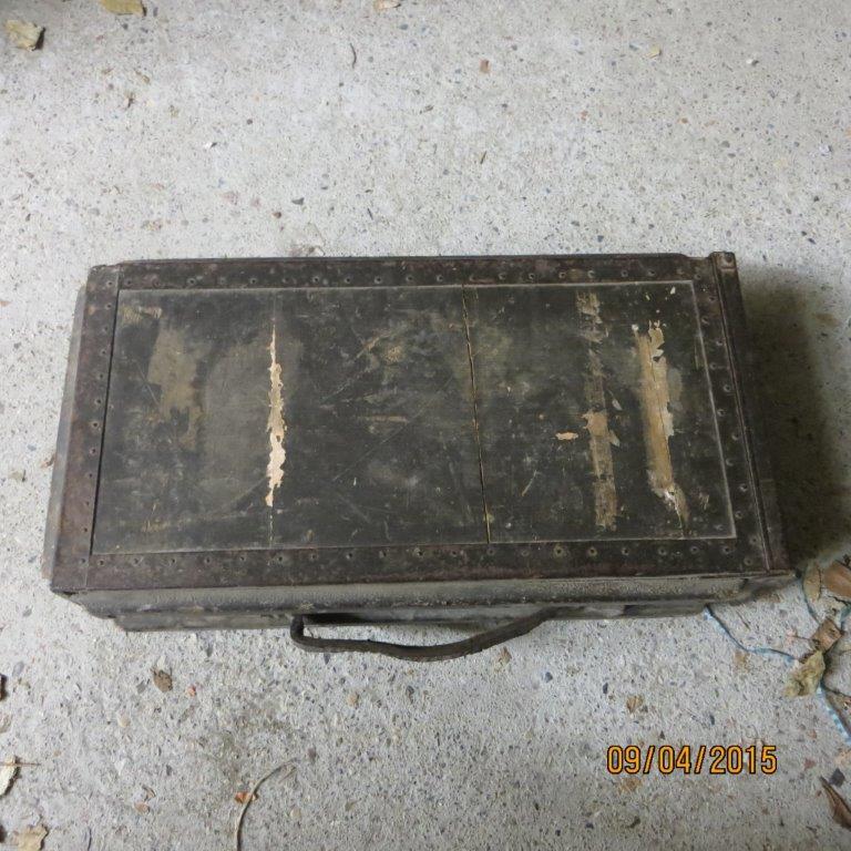 caisse de cartouches ? Img_1027