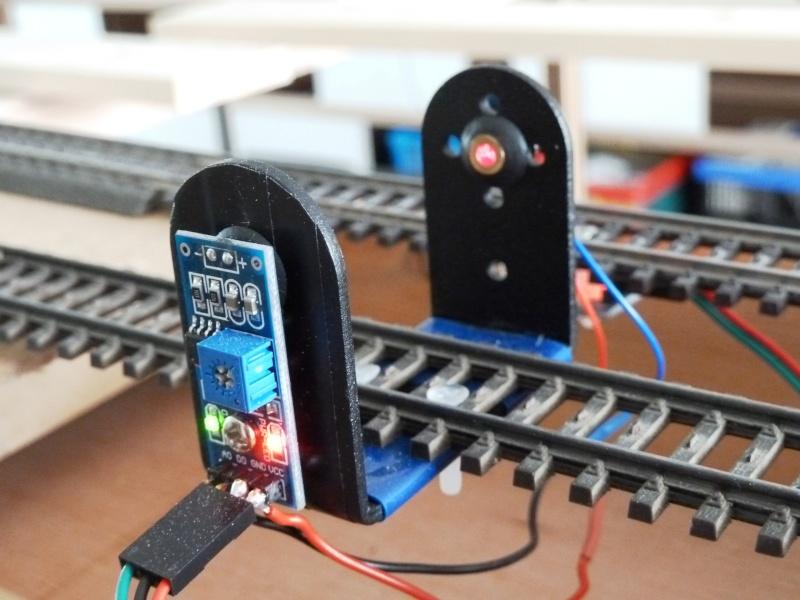 Les détecteurs laser et les détecteurs Infrarouge P1000413