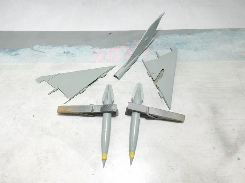 """mikoyan - - Mikoyan-Gourevitch MiG-21 MF """"Polish air force"""" au 1/48....l'espadon bleu. Dscf1312"""
