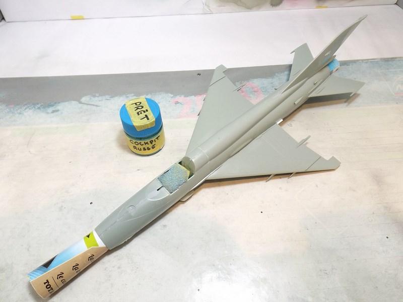 """mikoyan - - Mikoyan-Gourevitch MiG-21 MF """"Polish air force"""" au 1/48....l'espadon bleu. Dscf1330"""