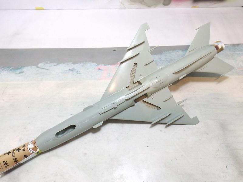 """mikoyan - - Mikoyan-Gourevitch MiG-21 MF """"Polish air force"""" au 1/48....l'espadon bleu. Dscf1331"""