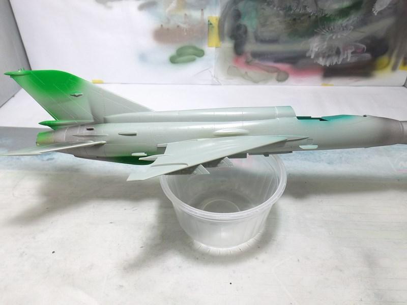 """mikoyan - - Mikoyan-Gourevitch MiG-21 MF """"Polish air force"""" au 1/48....l'espadon bleu. Dscf1332"""