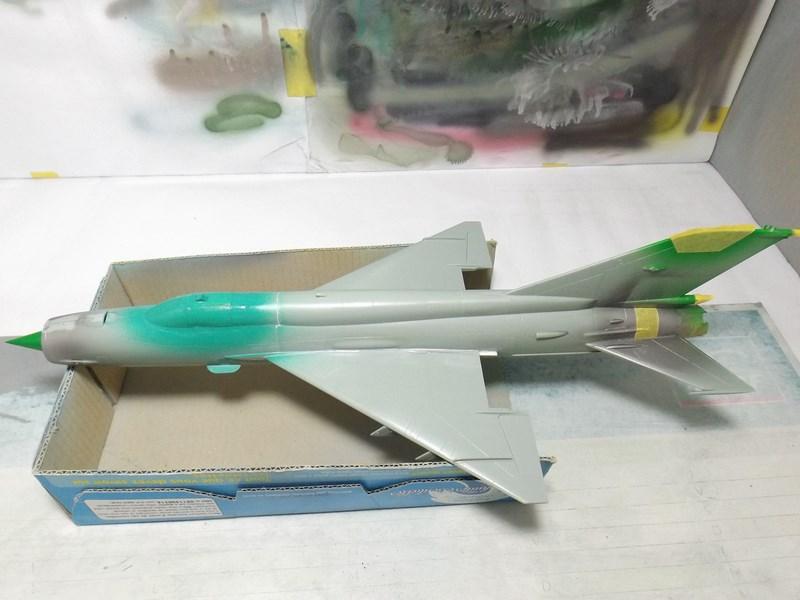 """mikoyan - - Mikoyan-Gourevitch MiG-21 MF """"Polish air force"""" au 1/48....l'espadon bleu. Dscf1337"""