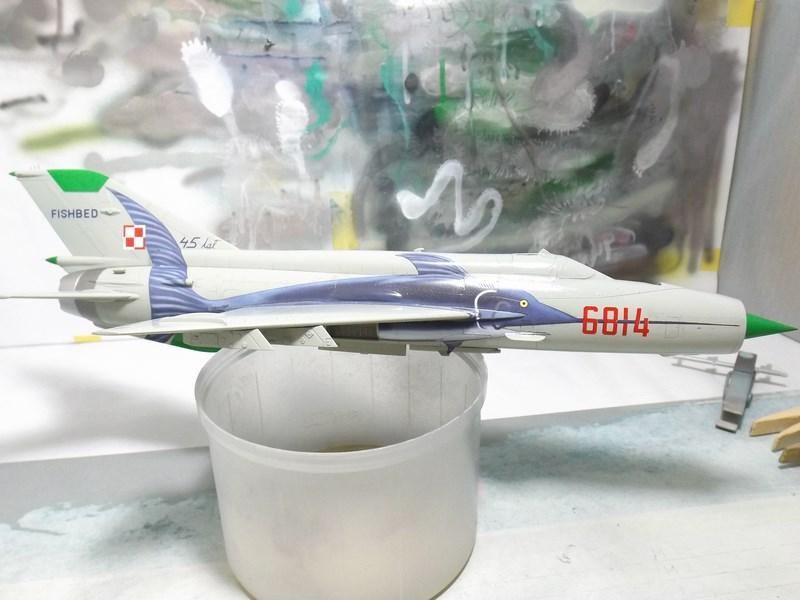 """mikoyan - - Mikoyan-Gourevitch MiG-21 MF """"Polish air force"""" au 1/48....l'espadon bleu. Dscf1341"""