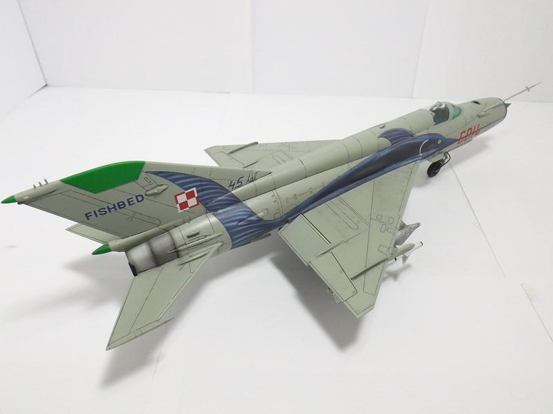 """mikoyan - - Mikoyan-Gourevitch MiG-21 MF """"Polish air force"""" au 1/48....l'espadon bleu. Dscf1344"""
