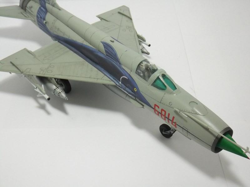 """mikoyan - - Mikoyan-Gourevitch MiG-21 MF """"Polish air force"""" au 1/48....l'espadon bleu. Dscf1346"""