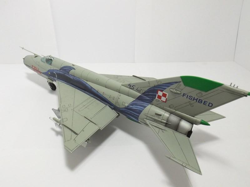 """mikoyan - - Mikoyan-Gourevitch MiG-21 MF """"Polish air force"""" au 1/48....l'espadon bleu. Dscf1353"""