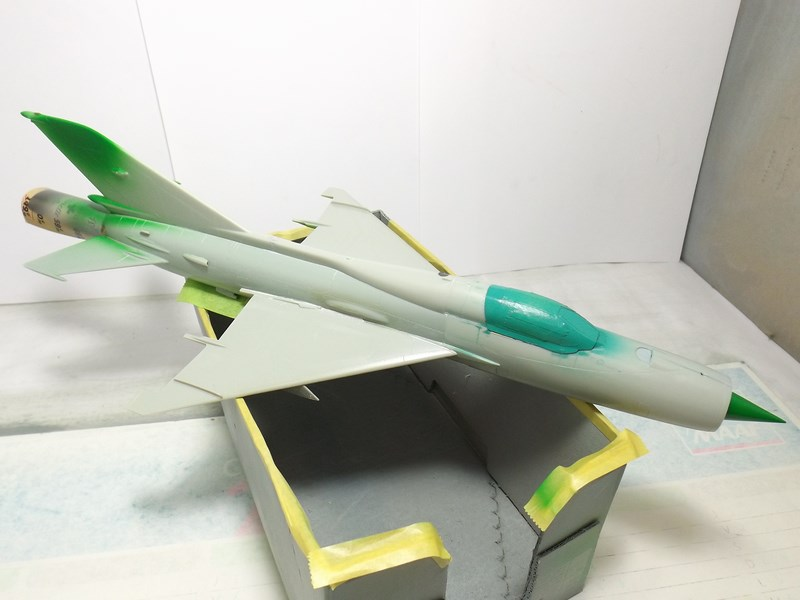 """Mikoyan-Gourevitch MiG-21 PF """"égyptien"""" au 1/48 Dscf1546"""