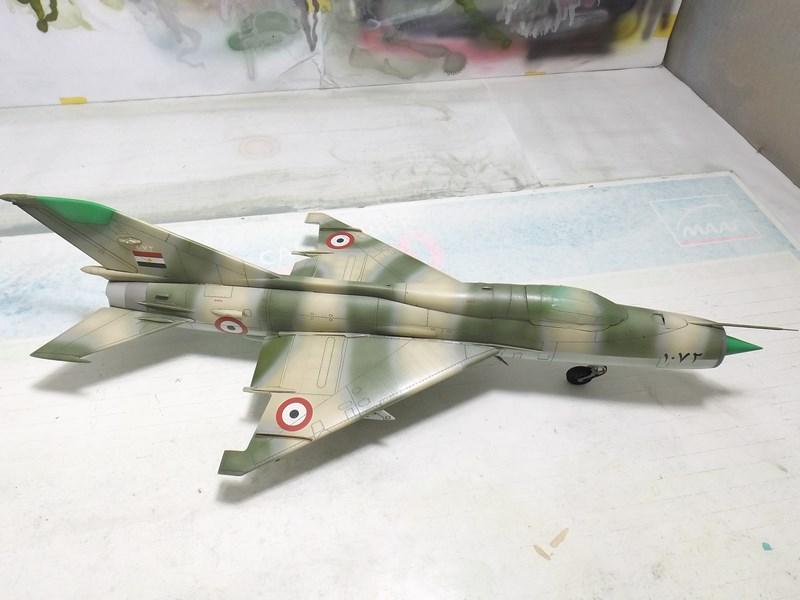 """Mikoyan-Gourevitch MiG-21 PF """"égyptien"""" au 1/48 Dscf1610"""