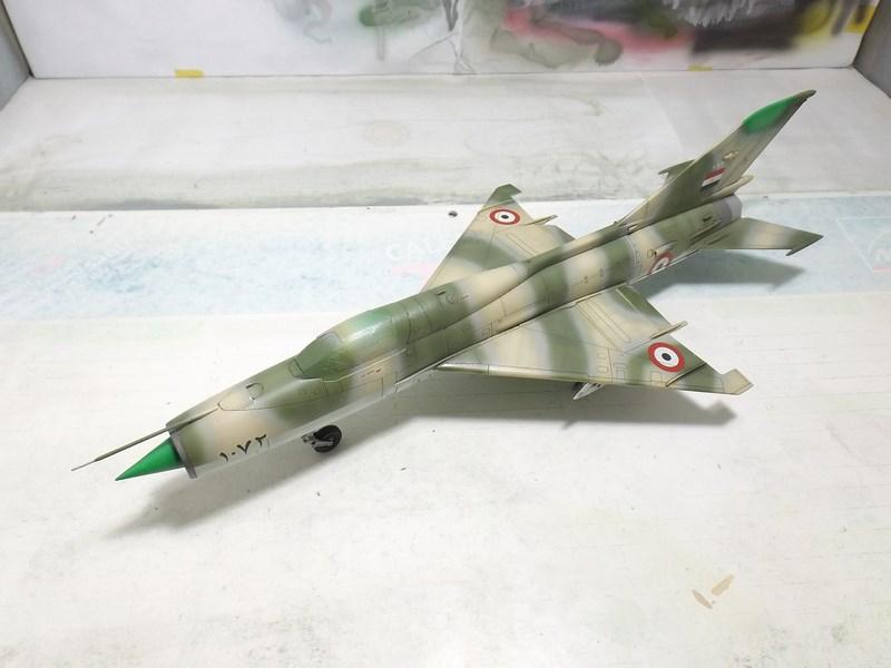 """Mikoyan-Gourevitch MiG-21 PF """"égyptien"""" au 1/48 Dscf1612"""
