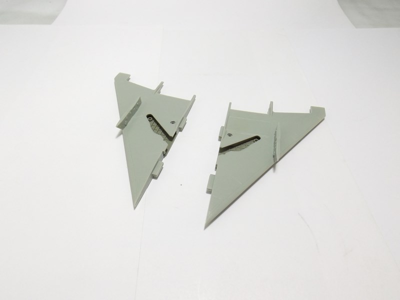 "Mikoyan-Gourevitch MiG-21 PF ""égyptien"" au 1/48 Mig-2115"