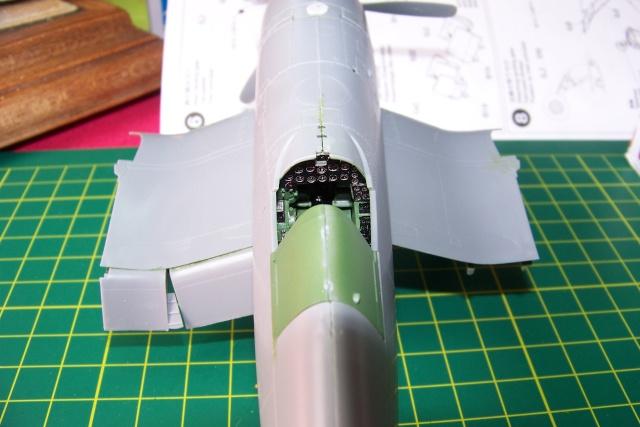 F4U-1 A Corsair Tamiya 1/48 oui mais un All Black ! fini 100_9417