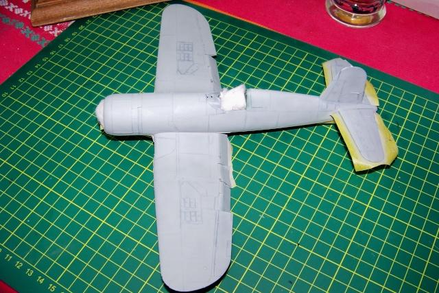 F4U-1 A Corsair Tamiya 1/48 oui mais un All Black ! fini 100_9450