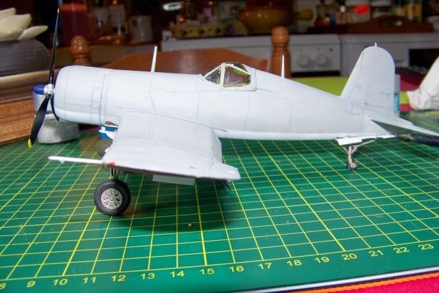 F4U-1 A Corsair Tamiya 1/48 oui mais un All Black ! fini 100_9513