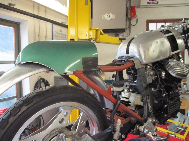 L´abono carrera_Eine Honda CX650 mutiert zum Cafe Racer - Seite 2 Img_0425