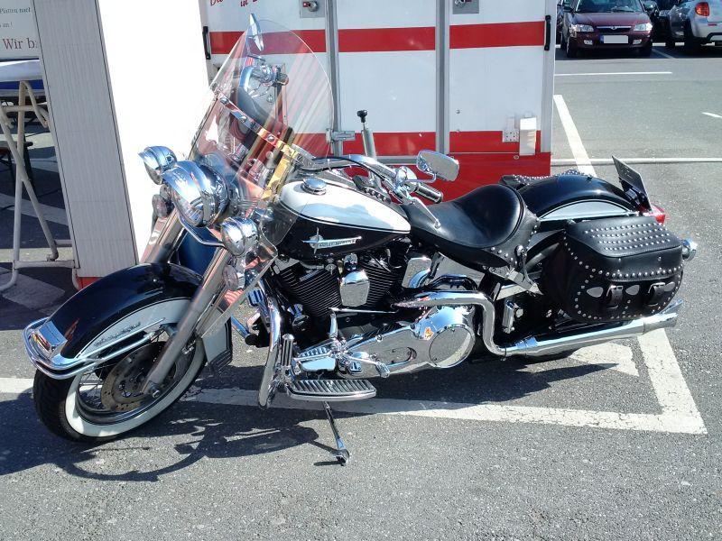 """Harley Davidson Heritage Softail - auf dem Parkplatz """"schnappgeschossen"""" 139"""
