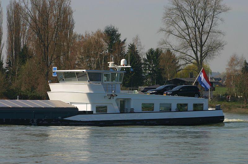 Kleiner Rheinbummel am 10.04.15 in Andernach und Mondorf 14b10