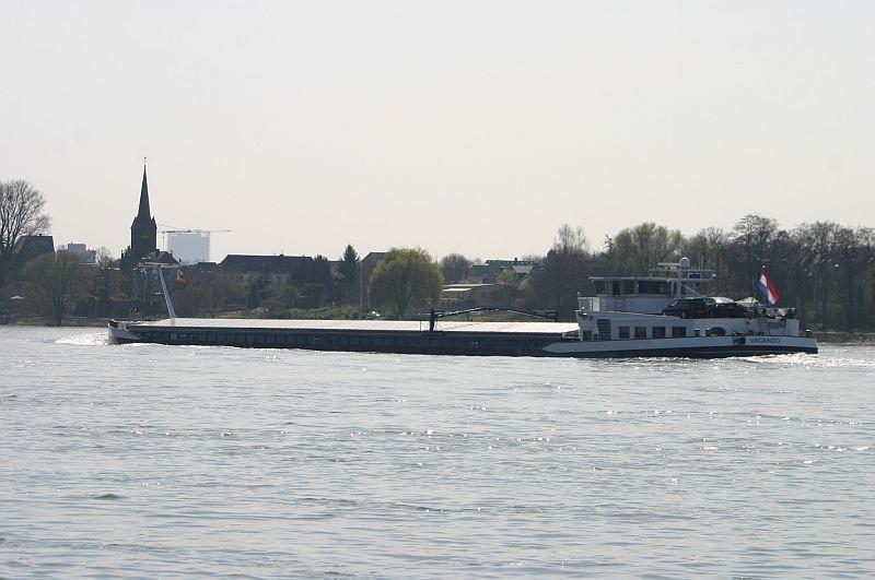 Kleiner Rheinbummel am 10.04.15 in Andernach und Mondorf 14d10