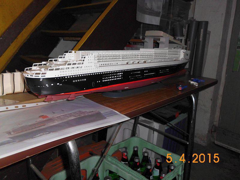 Revell 05223 - Queen Mary 2 1/400 (Weiter-) Baubericht - Fertig 1710