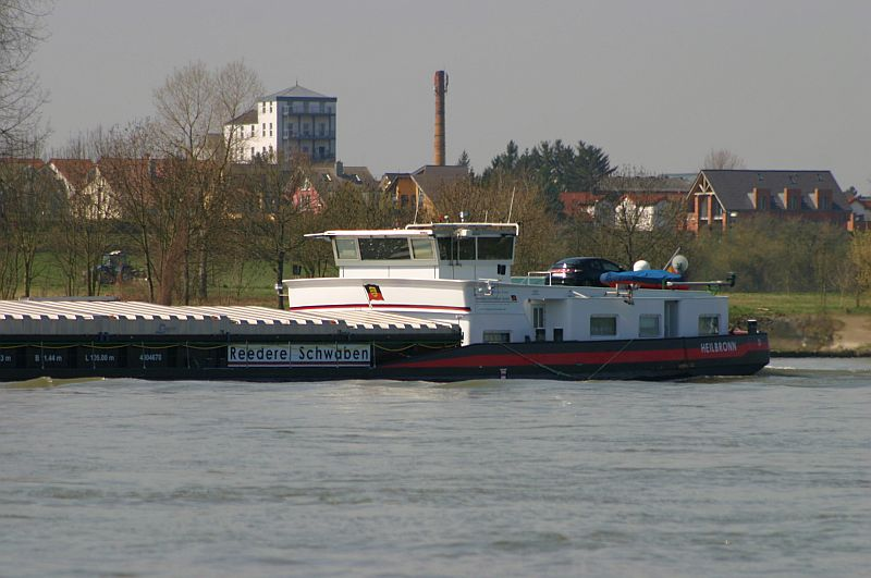 Kleiner Rheinbummel am 10.04.15 in Andernach und Mondorf 17a10