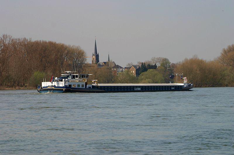 Kleiner Rheinbummel am 10.04.15 in Andernach und Mondorf 19c10