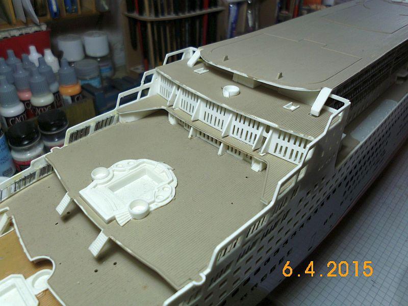 Revell 05223 - Queen Mary 2 1/400 (Weiter-) Baubericht - Fertig 2010