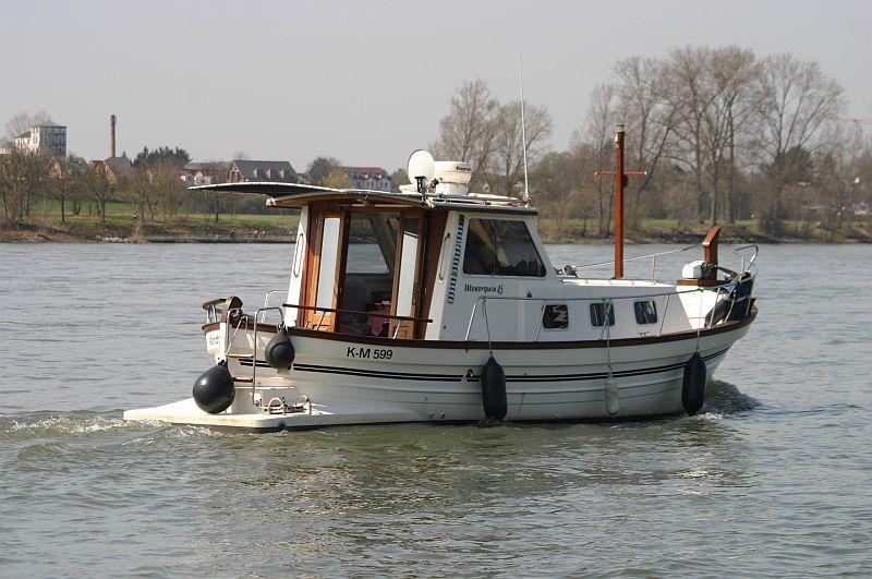 Kleiner Rheinbummel am 10.04.15 in Andernach und Mondorf 21b10