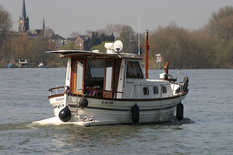 Kleiner Rheinbummel am 10.04.15 in Andernach und Mondorf 21c10