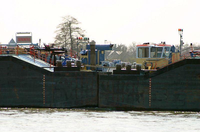Kleiner Rheinbummel am 10.04.15 in Andernach und Mondorf 21e10