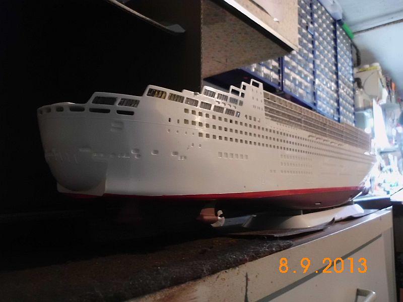 Revell 05223 - Queen Mary 2 1/400 (Weiter-) Baubericht - Fertig 222