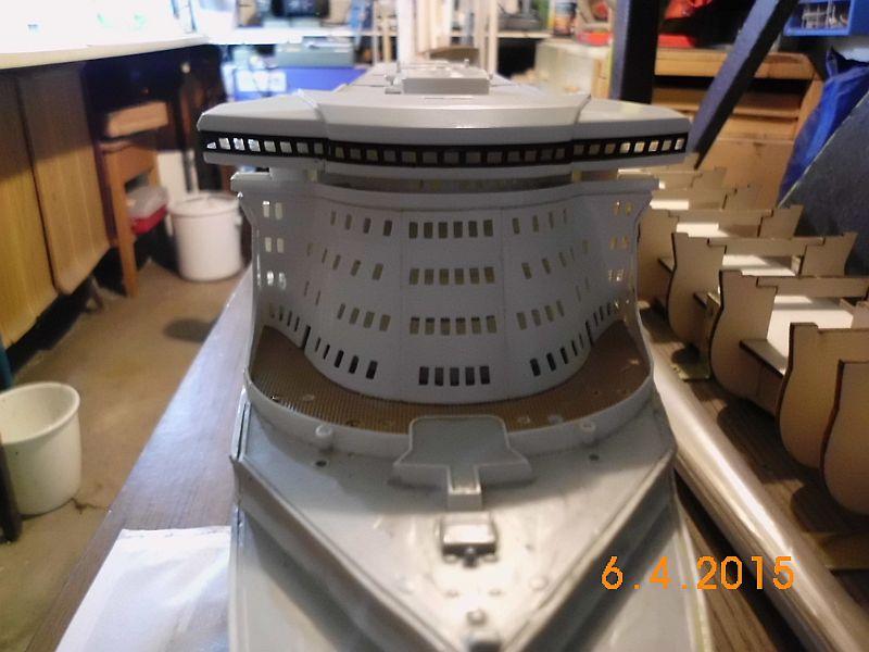 Revell 05223 - Queen Mary 2 1/400 (Weiter-) Baubericht - Fertig 223