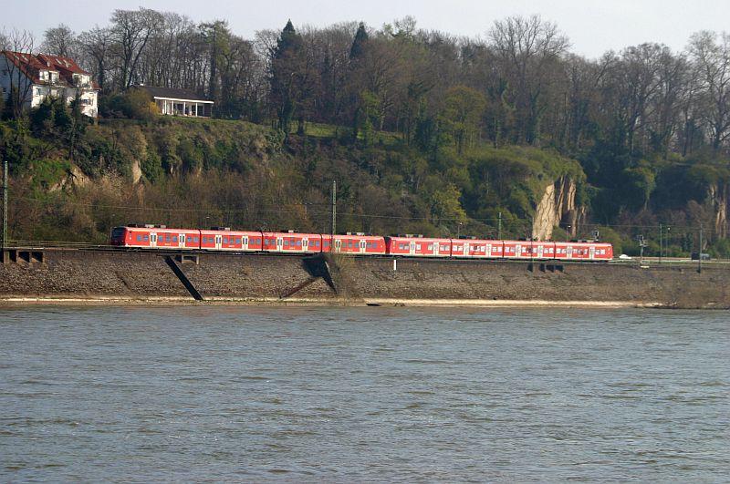 Kleiner Rheinbummel am 10.04.15 in Andernach und Mondorf 2a11