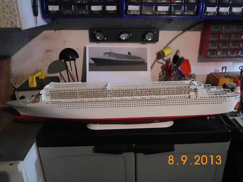 Revell 05223 - Queen Mary 2 1/400 (Weiter-) Baubericht - Fertig 4b10