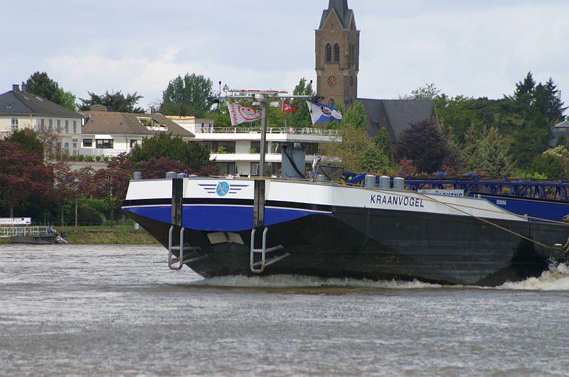 Kranschiff MKS Kraanvogel + Arbeitsschiff Wati18 am 08.05.15 in Königswinter 4b13