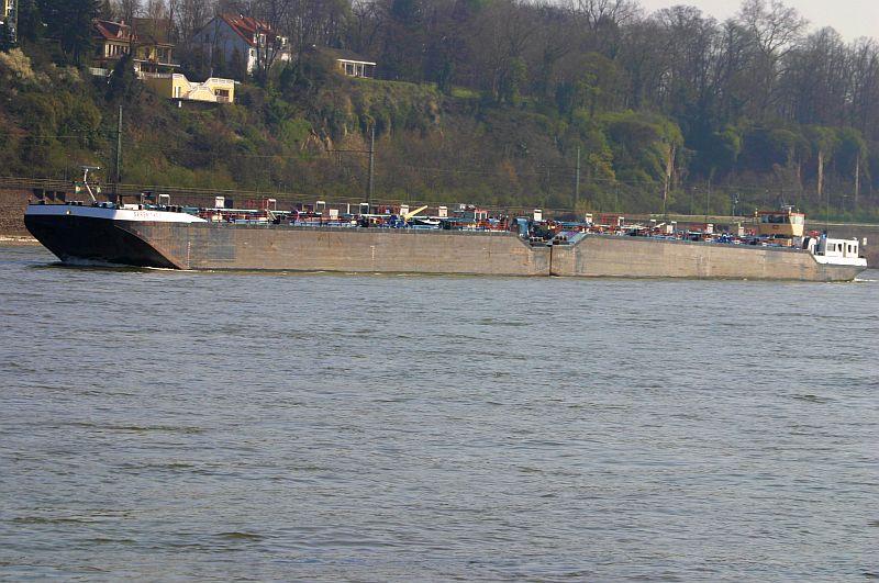 Kleiner Rheinbummel am 10.04.15 in Andernach und Mondorf 813