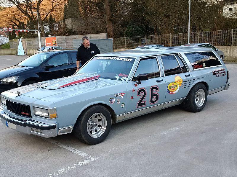 "Chevrolet Caprice - Wagon 1980 - auf dem Parkplatz ""schnappgeschossen"" C210"