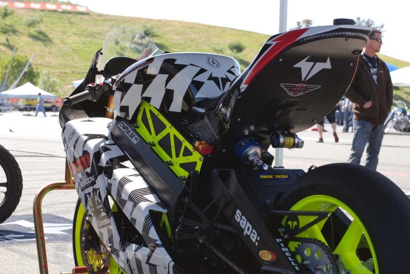 [Road Racing] TT 2015 2012-b10