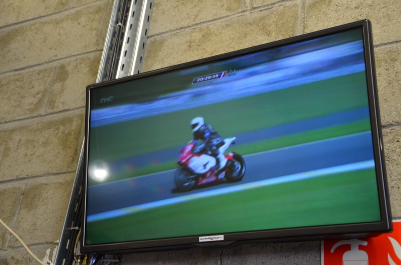 [Endurance] 24 Heures Motos, 18/19 avril 2015 - Page 10 2015-011