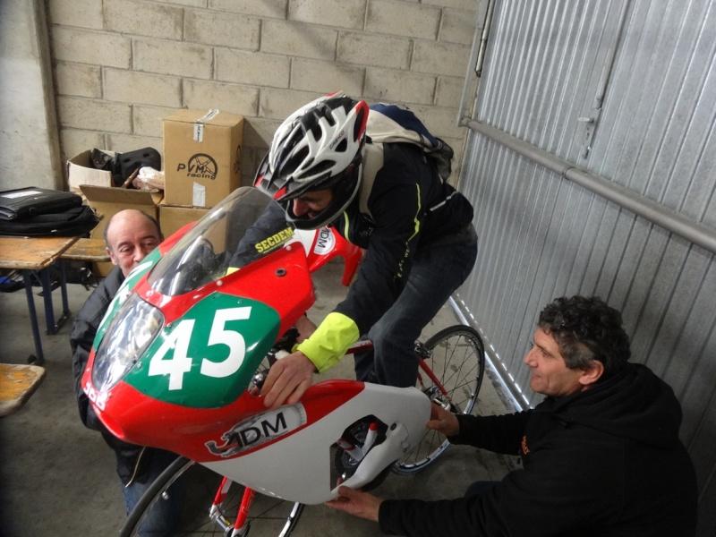 [Endurance] 24 Heures Motos, 18/19 avril 2015 - Page 2 Dsc06042