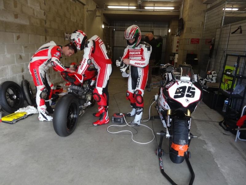 [Endurance] 24 Heures Motos, 18/19 avril 2015 - Page 2 Dsc06112