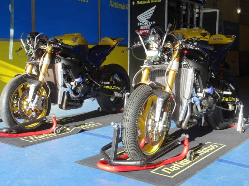 [Endurance] 24 Heures Motos, 18/19 avril 2015 - Page 2 Dsc06122