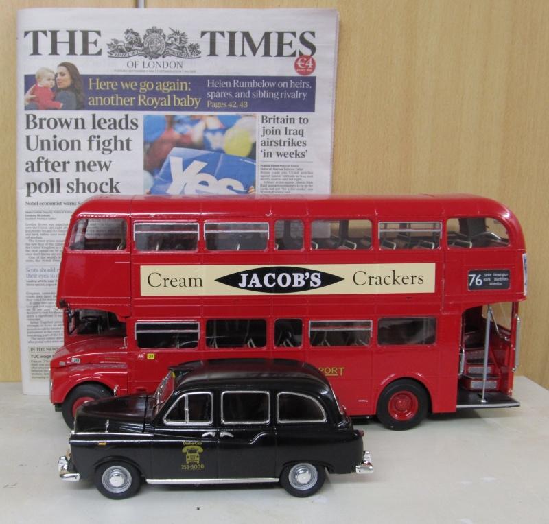 Austin FX4 London Taxi (Revell 1 zu 24) Img_3261