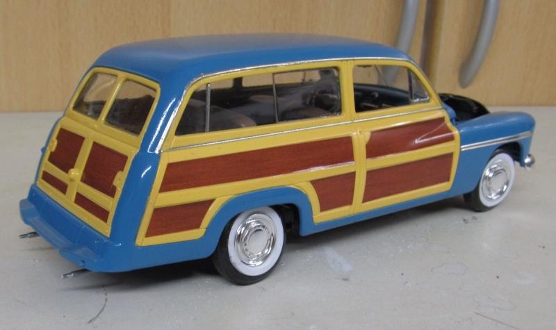 1949 Mercury Wagon (Revell 1 zu 25) Img_3311