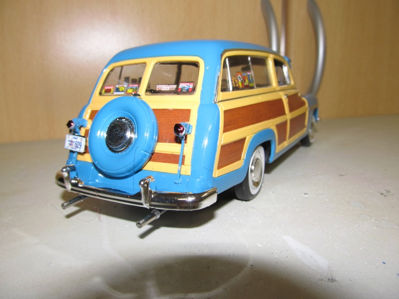 1949 Mercury Wagon (Revell 1 zu 25) Img_3315