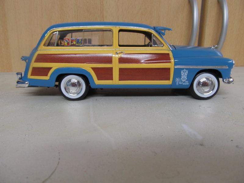 1949 Mercury Wagon (Revell 1 zu 25) Img_3316