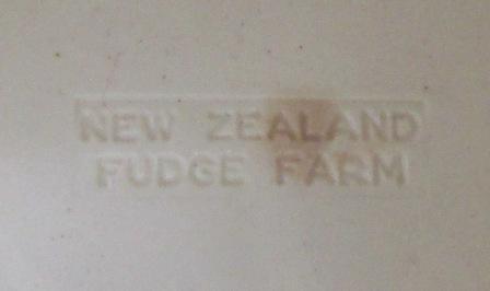 Fudge Farm Northland's white pot. Who made the pot? Fudge_13